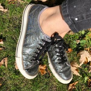 Converse One Star Grey sparkly shoes